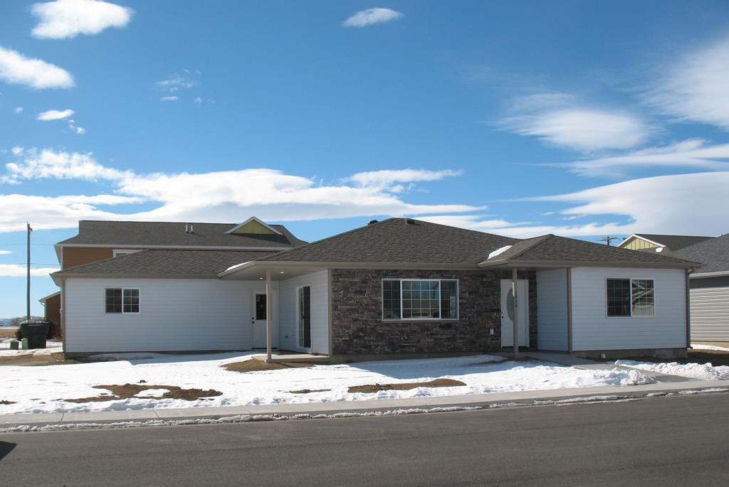 10016593 Powell, WY - Wyoming property for sale