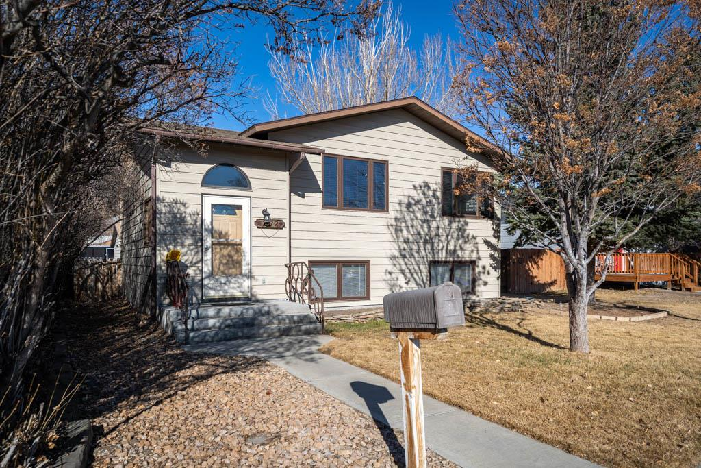 10016664 Powell, WY - Wyoming property for sale