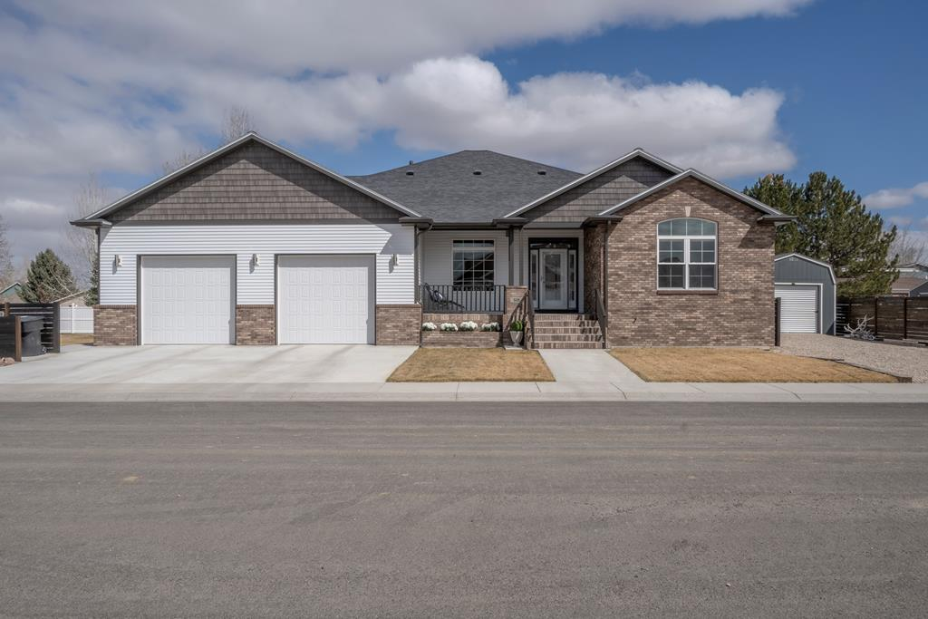 10016747 Powell, WY - Wyoming property for sale