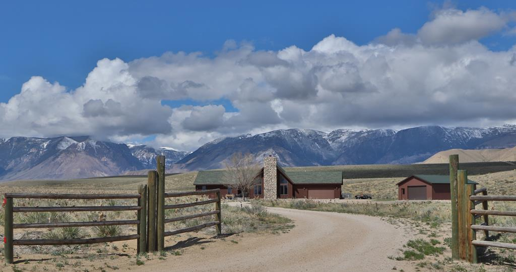 10016847 Clark, WY - Wyoming property for sale