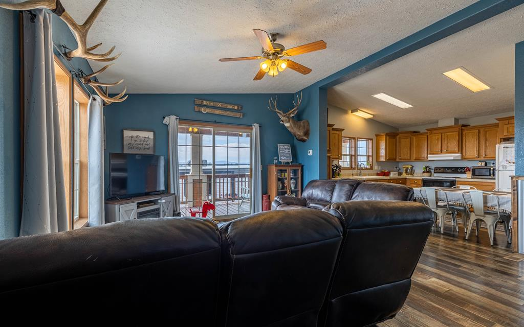10017079 Powell, WY - Wyoming property for sale