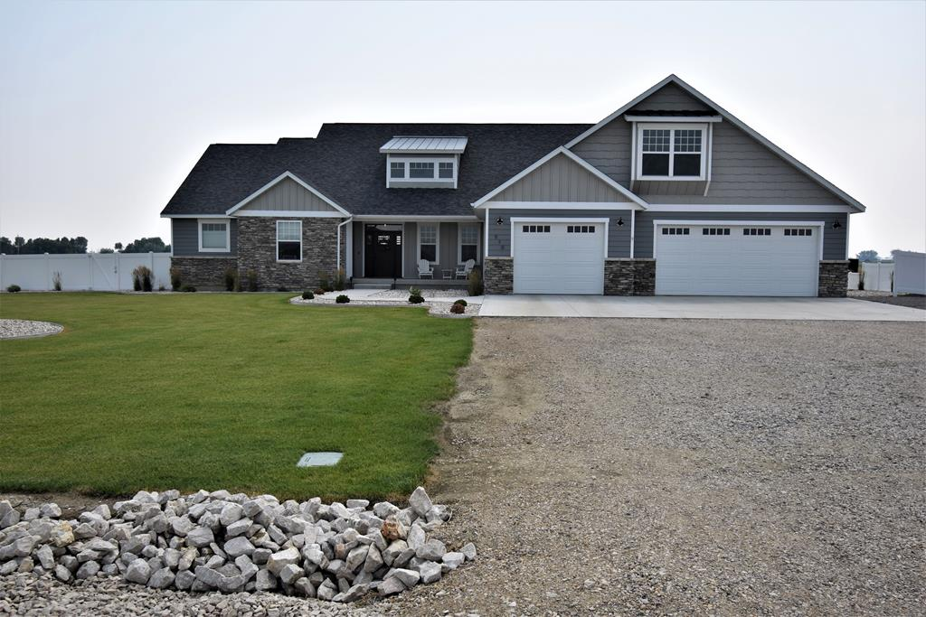 10017189 Powell, WY - Wyoming property for sale