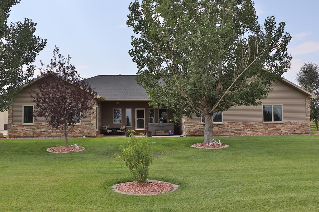 10017286 Powell, WY - Wyoming property for sale