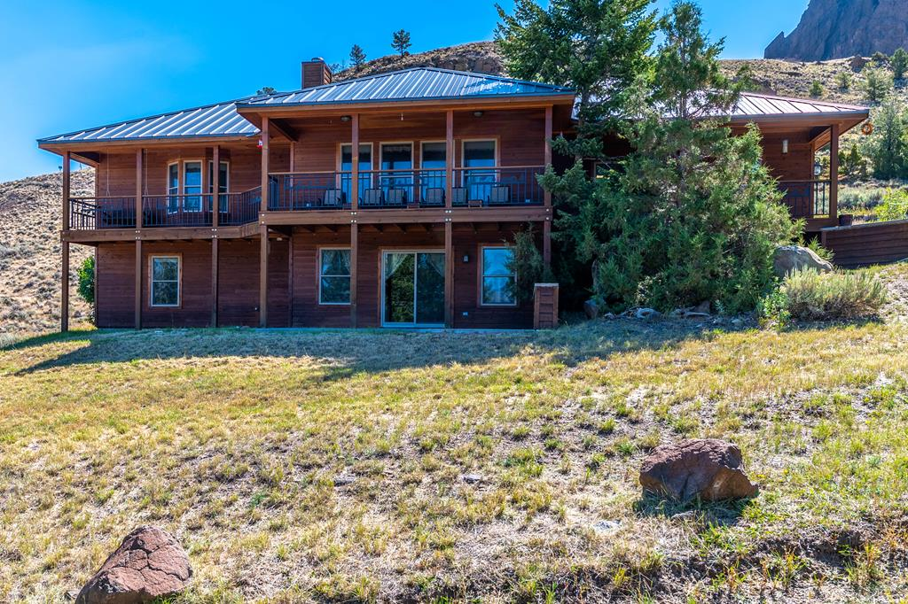 10017302 Cody, WY - Wyoming property for sale