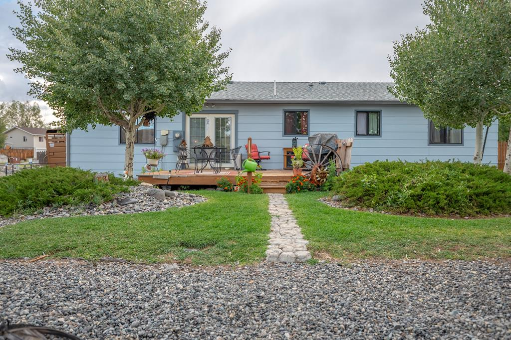 10017375 Cody, WY - Wyoming property for sale